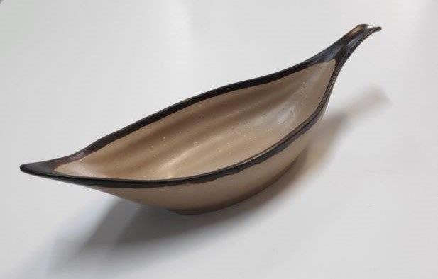 סירה (עלה) מלמין מוקה עם פס חום כהה  30.5xh7.5xh4.5cm