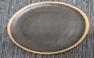 """צלחת מלמין שחור עם פס חום בהיר 30.5 ס""""מ"""