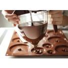 משפך שוקולד